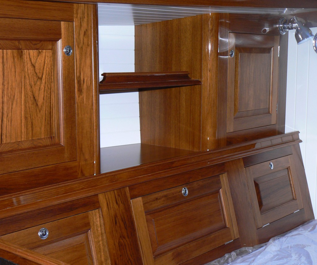 Marine Kitchen Cabinets: Very Experienced And Reliable Craftsmen